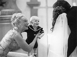 4ecd882cc70e Mormor Carin med lilla barnbarnet. David Lindqvist 2:6:11 5:3:1 ...